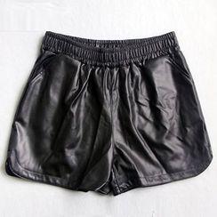 YAYAGREEN - Faux-Leather Shorts
