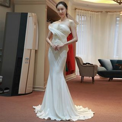 YACCA - Strapless Mermaid Wedding Dress
