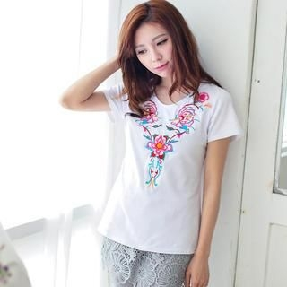 Lucky Leaf - Short-Sleeve Embroidered T-Shirt