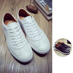 Chuoku - Couple Lace-Up Sneakers