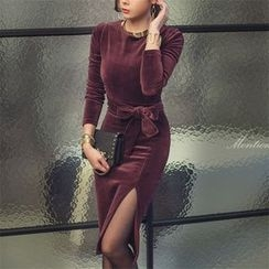 Aurora - Velvet Sheath Dress