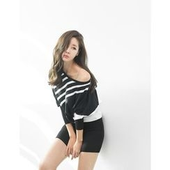 GUMZZI - Stripe Knit Dress