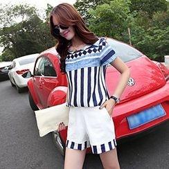 Ashlee - Set: Short-Sleeve Striped Top + Shorts