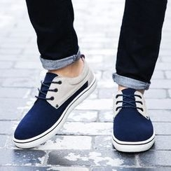 NOVO - Two-Tone Lace-Up Casual Shoes