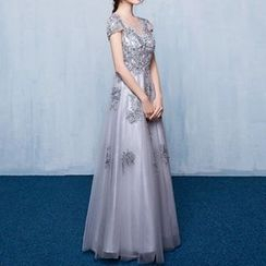 Luxury Style - Lace Appliqué Cap-Sleeve Sheath Evening Gown