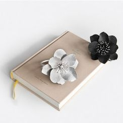 NIPONJJUYA - Metal-Flower Cutout-Trim Bangle