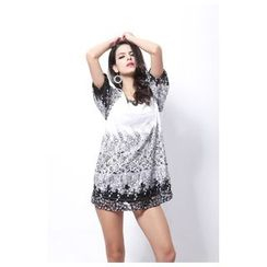 Hotprint - Elbow-Sleeve Print Dress