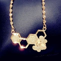 Nanazi Jewelry - Bee Necklace