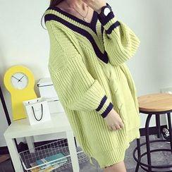 FR - Loose-fit V-neck Cable Knit Dress