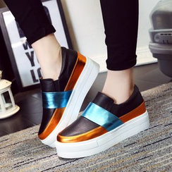 Ginko - Color-Block Platform Slip-Ons