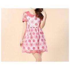 Strawberry Flower - Short Sleeved Jacquard Collared Dress