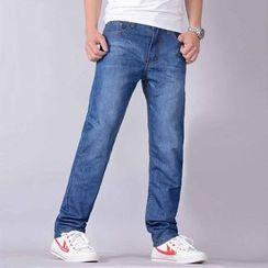 EAST Fox - Straight Cut Jeans
