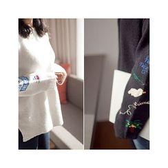 MASoeur - Embroidered-Sleeve Slit-Hem Sweater
