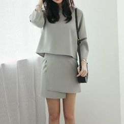 Jolly Club - Set: 3/4-Sleeve Plain Top + Plain A-Line Skirt