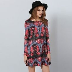 Hotprint - Long-Sleeve Patterned A-line Dress
