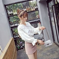 RUI - Lace Up Bell-Sleeve Blouse