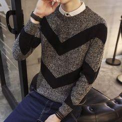 Alvicio - Chevron Sweater