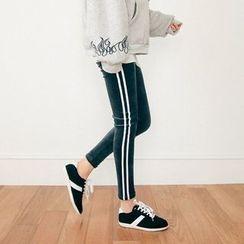 Seoul Fashion - Contrast-Trim Coral-Fleece Leggings Pants