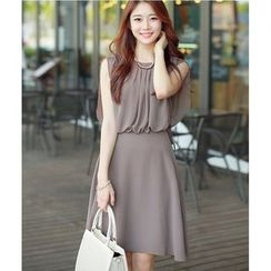 Dowisi - Sleeveless Tie Waist Dress