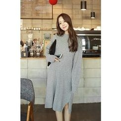 Momnuri - Maternity Drop-Shoulder Wool Blend Knit Dress