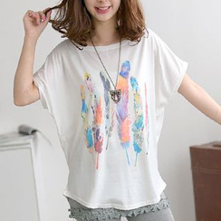 59 Seconds - Dolman Short-Sleeved Feather Print Top
