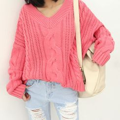 DANI LOVE - V-Neck Cable-Knit Sweater