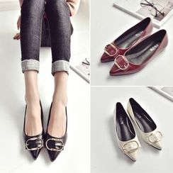BARCA - Buckled Pointy Flats