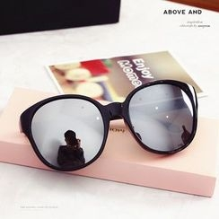 MOL Girl - Round Sunglasses