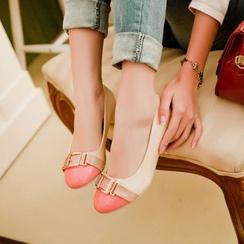 Kireina - 飾扣平跟鞋