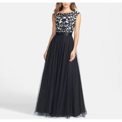 Dream a Dream - Sleeveless Backless Evening Gown