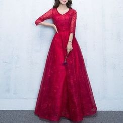 Luxury Style - 3/4-Sleeve Embellished Lace Evening Gown