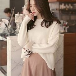 CHICLINE - Round-Neck Sweater