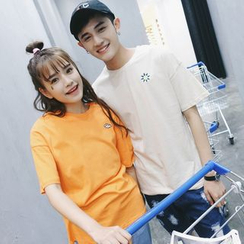 Evolu Fashion - Couple Matching Embroidered Short-Sleeve T-shirt