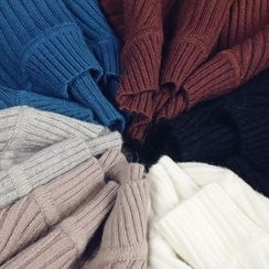 Tang House - Long-Sleeve Knit Top