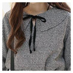 Sechuna - Bell-Sleeve Tie-Front Top