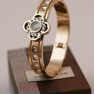 Love Generation - Four-Leaf Clover Rhinestone Bangle