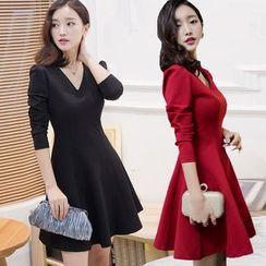 EFO - Long-Sleeve V-Neck A-Line Dress