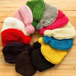 Seoul Young - Pompom-Accent Beanie