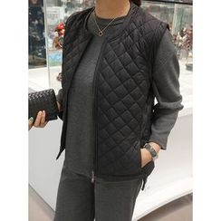 STYLEBYYAM - Quilted Zip-Up Vest