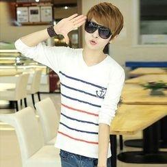 LIAN - Printed V-neck Long-Sleeve T-shirt