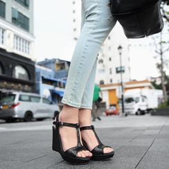 SO Central - Glitter T-Strap Wedge Sandals