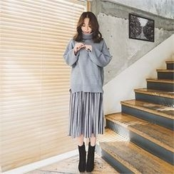 ERANZI - Turtle-Neck Loose-Fit Sweater