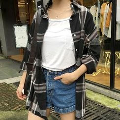 Shopherd - Plaid Loose Fit Long Shirt