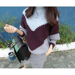 MARSHMALLOW - Mock-Neck Color-Block Sweater