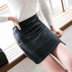 Dowisi - Faux Leather Pencil Skirt