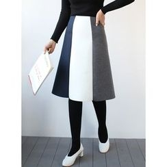 STYLEBYYAM - Color-Block A-Line Skirt