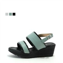 MODELSIS - Buckled Wedge-Heel Sandals