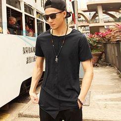 Mannmix - Asymmetrical Short-Sleeve T-Shirt