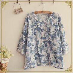 Fairyland - 3/4-sleeves Floral Print Top
