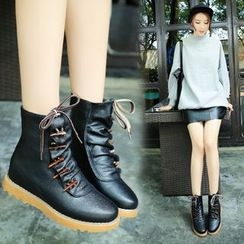 Sunsteps - Toggle Short Boots